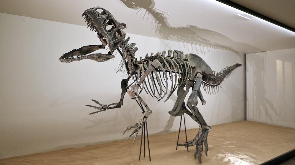 Un dinosaure aux jardins Jardins suspendus de Marqueyssac Vézac Perigord Dordogne